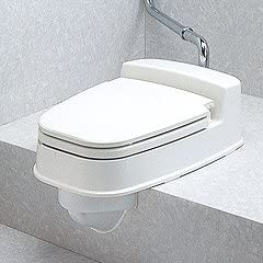 段差がある和式トイレに適合する洋式便座